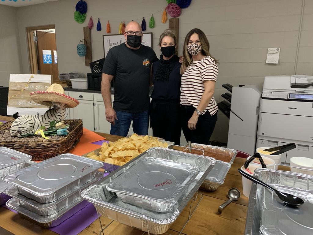 We want to extend a huge thank you to J Farley's, who treated our staff to an amazing lunch today, perfect for Cinco De Mayo!   #CPSZEBRAPRIDE