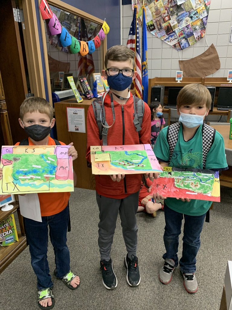 3rd grade students in Mrs. Proctors class had a surprise visitor, Mrs. Massey, who walked them through creating topographical maps of Oklahoma using salt dough. Once the dough-maps dried, students got to paint them!  #CPSZEBRAPRIDE
