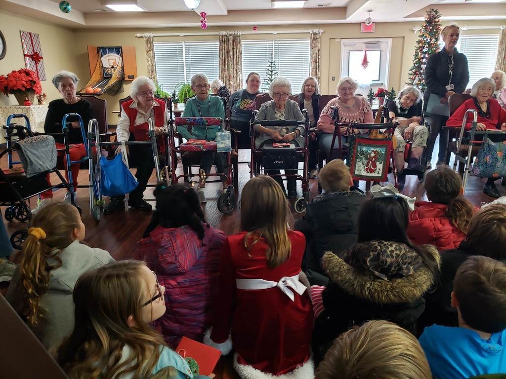 Roosa 4th grade went to visit the residents at Brookfield