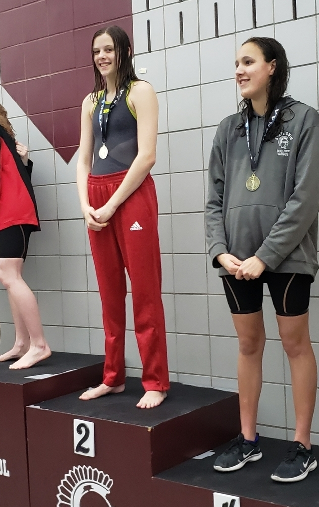 Slyvia Admire State Runner-Up places in the 200 Freestyle and the 500 Freestyle.